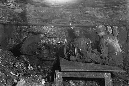 coal miners glove match wiki September 8th through 14th, 1984 results archive january during the match coal miners glove:.