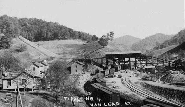 Harlan (KY) United States  city pictures gallery : ... an unincorporated community in Harlan County, Kentucky, United States